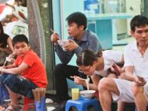 Mua vé máy bay đi Hà Nội Vietjet thưởng thức món ăn ngon