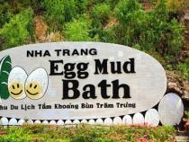 Đến khu du lịch Trăm Trứng bằng vé máy bay đi Nha Trang Vietnam Airline